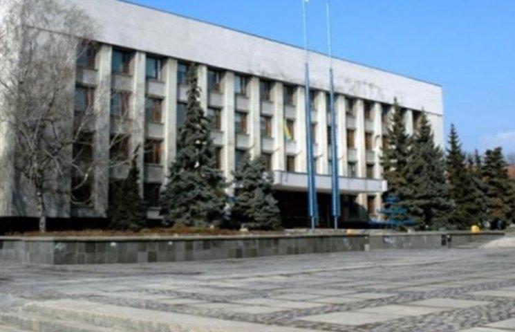 Мера Ужгорода завалили заявами про земельні ділянки