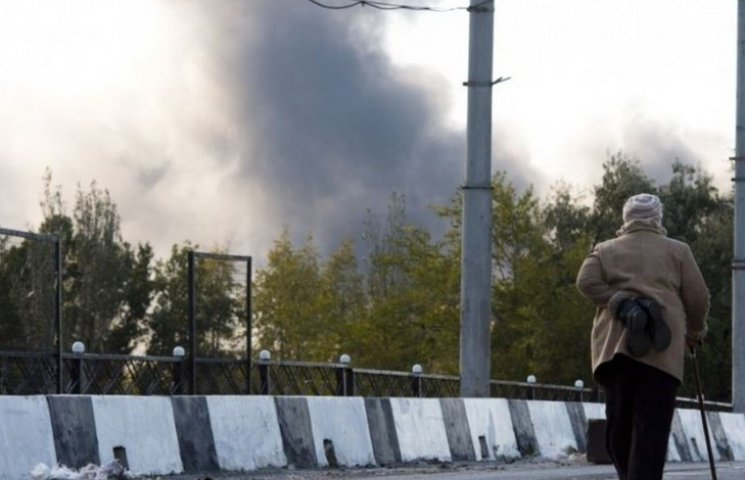 У Донецьку знову лунає канонада (ВІДЕО)