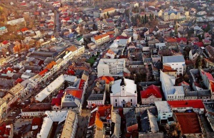 Як Моцарт, Глюк і їжачки наближають Ужгород до Європи