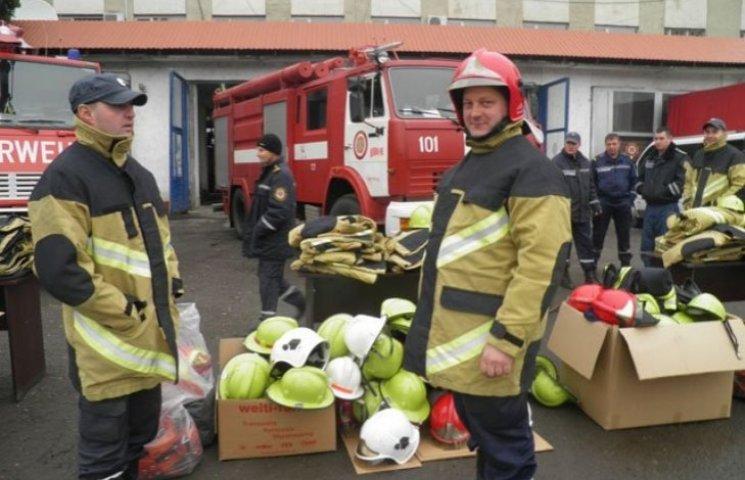 Закарпатські пожежники виглядатимуть по-швейцарськи