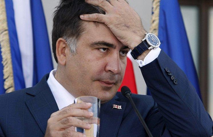 Аваков унял истерику Саакашвили, плеснув водой в лицо