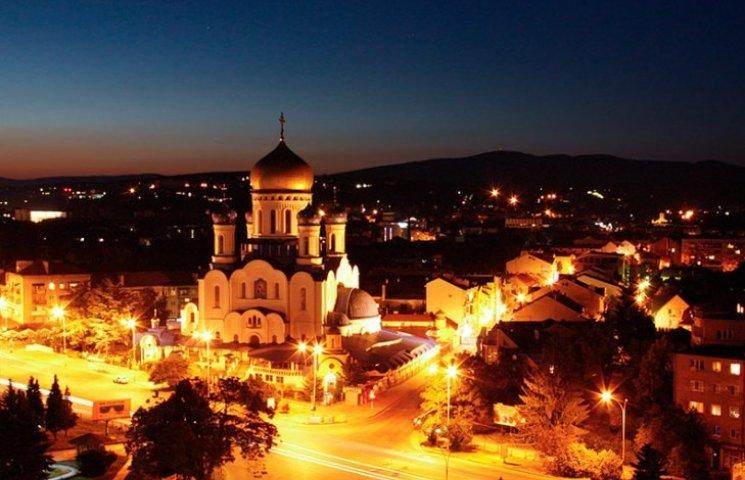 Ужгородські урядники запевняють, що на свята місто світитиметься
