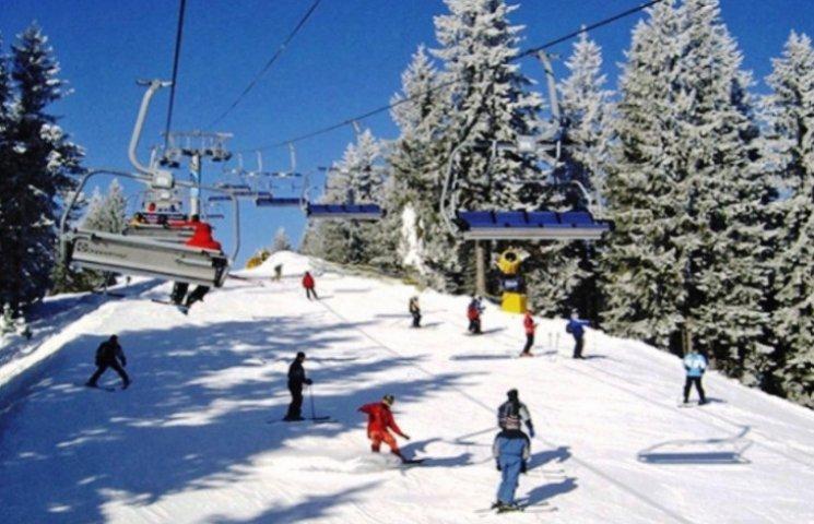 На Закарпатті випустять туристичні видання про село і лижі