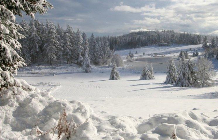 Сніг, гори, місцевий колорит: Чому варто їхати далі Львова