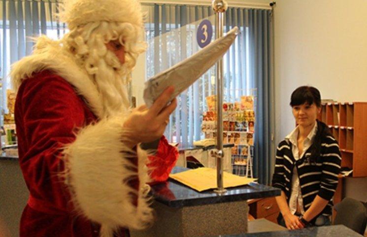 Як закарпатський Миколай відправляє листи Санта-Клаусу