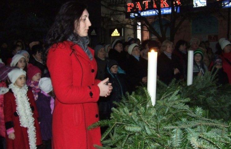 На Закарпатті запалили четверту свічку Адвенту