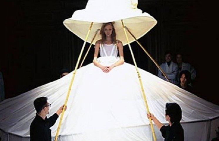 ТОП-10 самых странных свадебных платьев