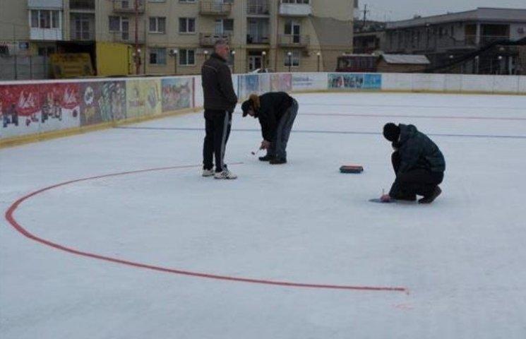 Ужгород - в очікуванні міжнародного хокейного турніру