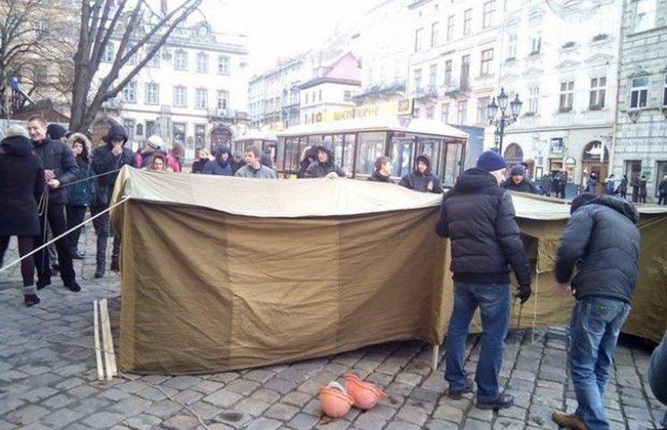 Відео дня: Повстання проти Садового і страшна ДТП у Донецьку