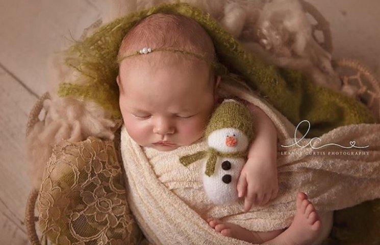ТОП-15 надзвичайних різдвяних фотосесій немовлят