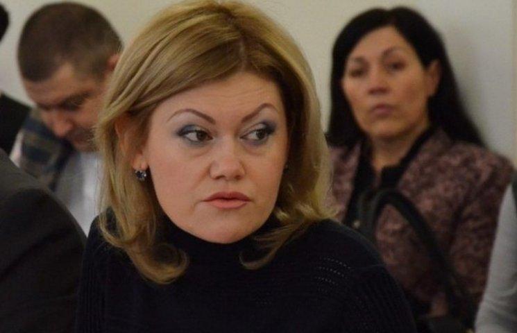 """Як коханка Плотницького саботує та публічно грубить ватажку """"ЛНР"""""""