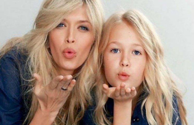 Дочка Брежнєвої знялася у рекламі українських капелюшків