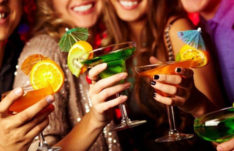 Вінничани цьогоріч випили на 488 мільйонів і покурили на 570 мільйонів