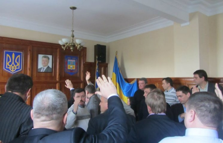 Навіщо Опоблок зриває собі сесії у Сєвєродонецьку