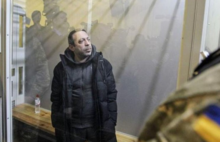 Відео дня: Маски-шоу у Корбана і Зоряні війни на Донбасі