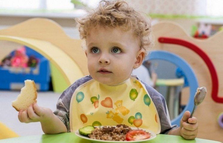 У вінницьких дитсадочках годуватимуть краще і дорожче