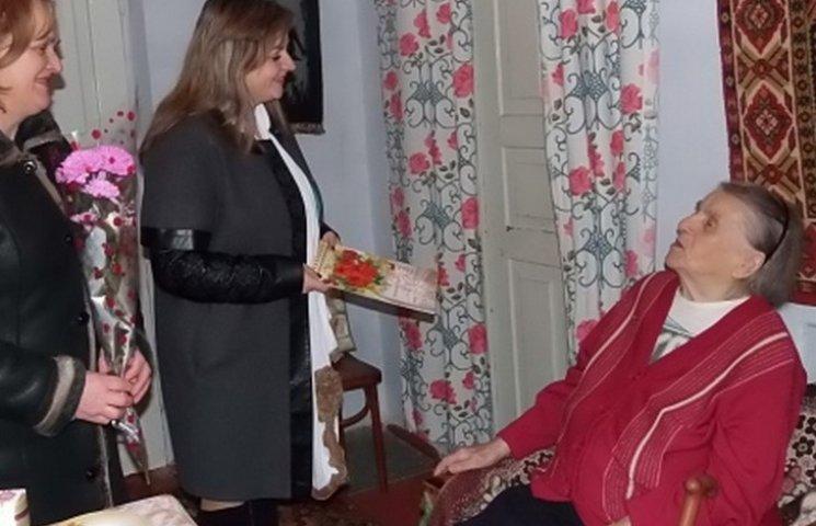 Вінничанка дожила до 102 років, виховує восьмеро онуків та має трьох правнуків