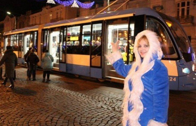 У Вінниці новорічний трамвай зробив два перших рейси
