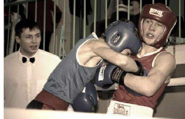 Боксер з Сумщини став бронзовим призером Всеукраїнських змагань