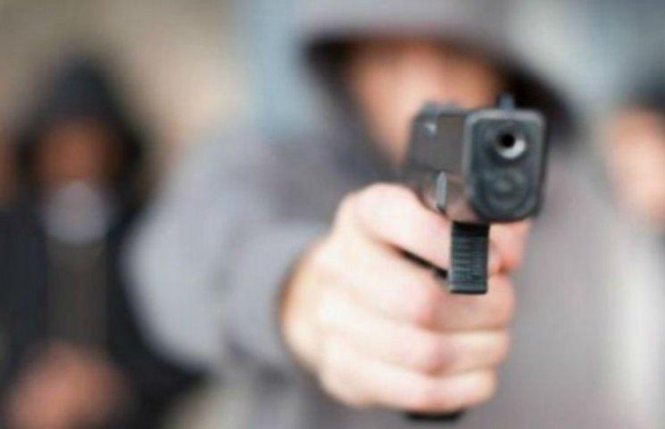 На київській Оболоні сталася стрілянина: є постраждалі (ОНОВЛЕНО)