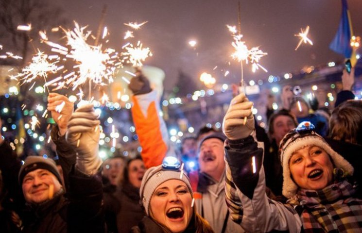 Хроніка Революції Гідності: Новий рік на Майдані і день народження Степана Бандери