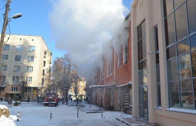 На Сумщині мало не згорів магазин
