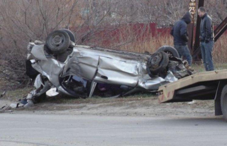 В Никополе из-за ремонтных работ коммунальщиков произошла авария