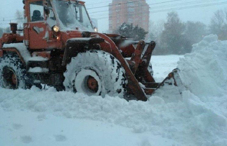 Дорожники Тернопільщини оперативно відре…