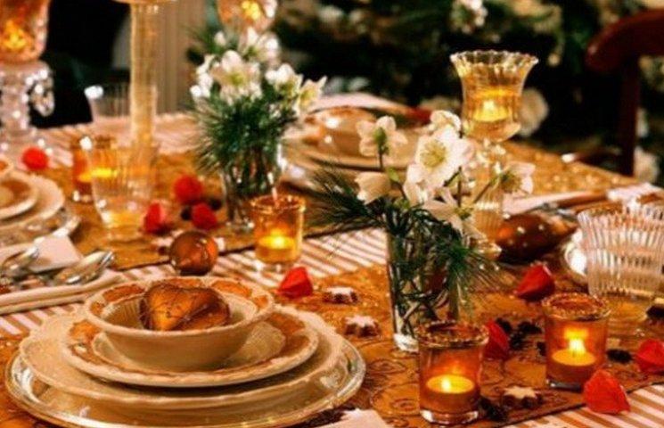 У Дніпрі створили новорічну ялинку з ковбаси