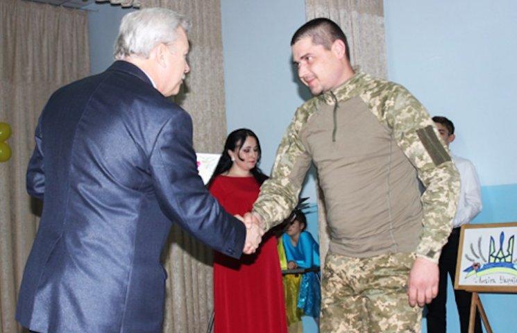 В Лубнах наградили медалями украинских защитников