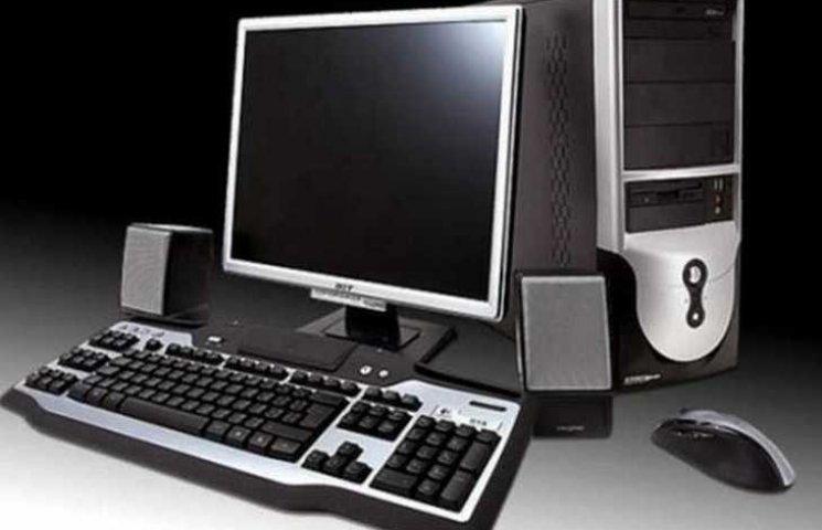 Кіберполіція працюватиме на позичених у вінницькій мерії комп