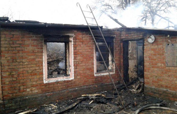 На Полтавщині у власній оселі згорів 43-річний чоловік