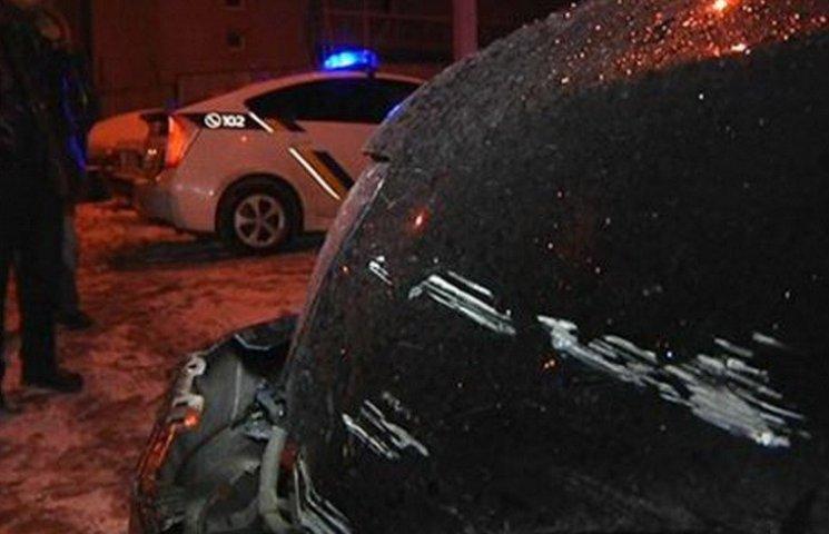 В днепропетровской полиции объяснили причины стрельбы по колесам