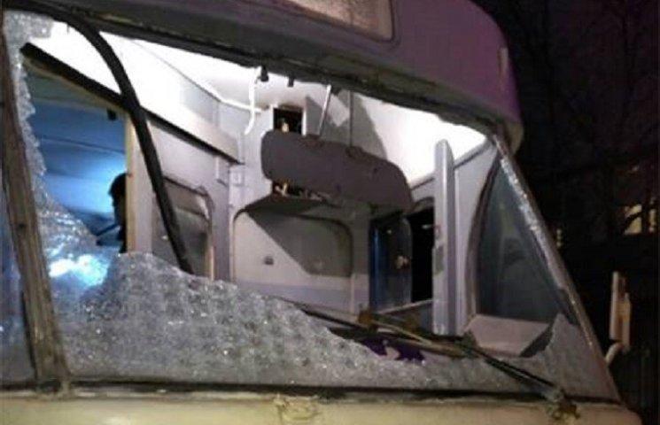 В Днипре полиция квалифицировала обстрел трамвая как хулиганство