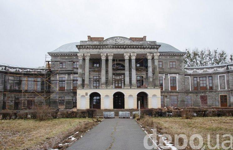 Как в Винницкой области за деньги Евросоюза реставрируют двухсотлетний дворец