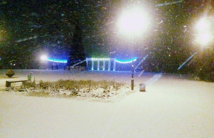 Мелітополь вкрило снігом