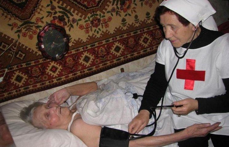 На Вінниччині без опіки залишились три тисячі людей, які не можуть обійтися без допомоги