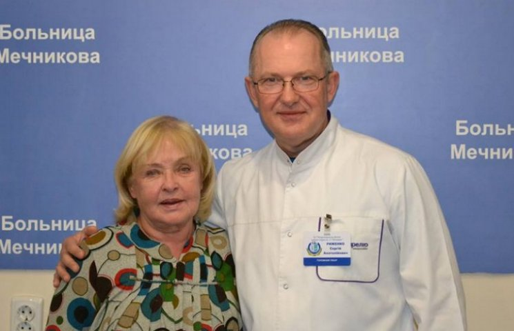 Ада Роговцева у Дніпрі пообіцяла віддячити лікарям концертом