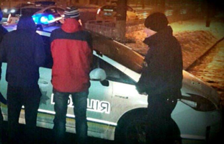 У Полтаві затримали вуличних грабіжників