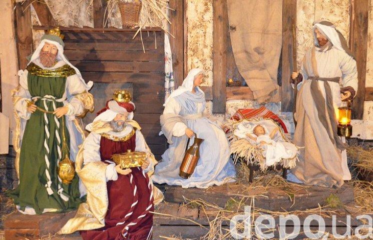 На майдані Незалежності вперше встановили різдвяний вертеп