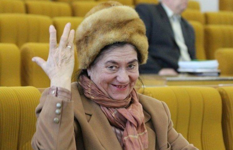 """Как на сессии Николаевского облсовета утверждали бюджет и """"выгоняли"""" депутатов"""