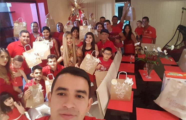 Як легіонери українських клубів вітали з Різдвом у соцмережах