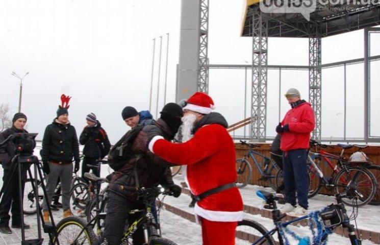 Велосипедисти Бердянська організували Новорічний велопробіг містом