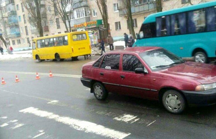У Полтаві автівка на переході збила 12-річну дівчинку