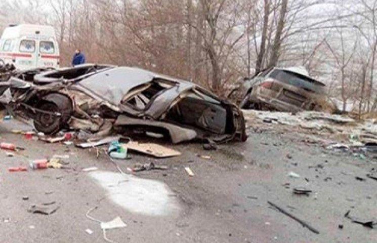 На Дніпропетровщині водій іномарки вбив пасажира об стовп
