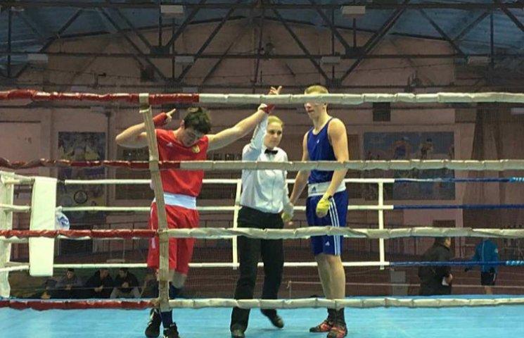 Бердянський боксер став чемпіоном України серед молоді