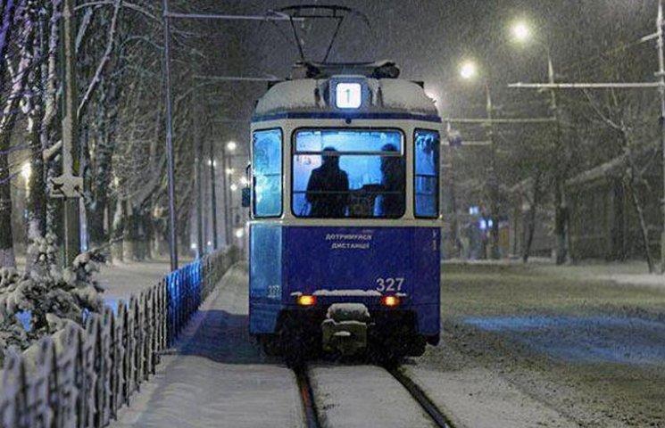 У новорічну ніч Вінницею курсуватимуть трамваї і тролейбуси