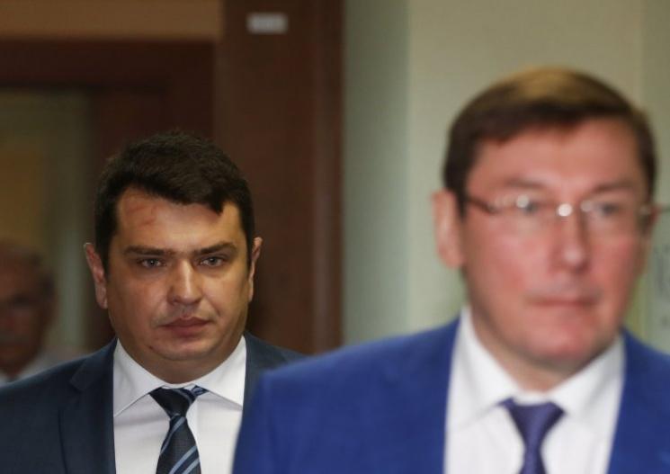 Відео дня: Зірвана спецоперація НАБУ, Олівер Стоун заговорив про Україну