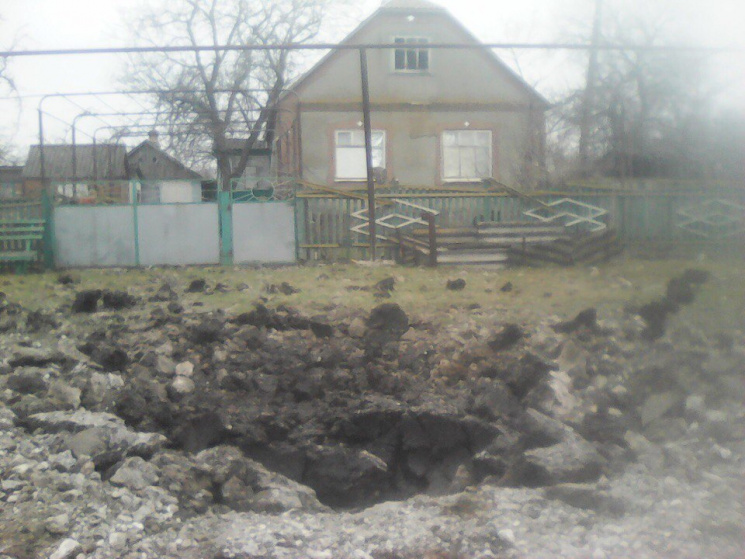 Боевики недают восстановить электроснабжение вКатериновке иТравневом— СЦКК