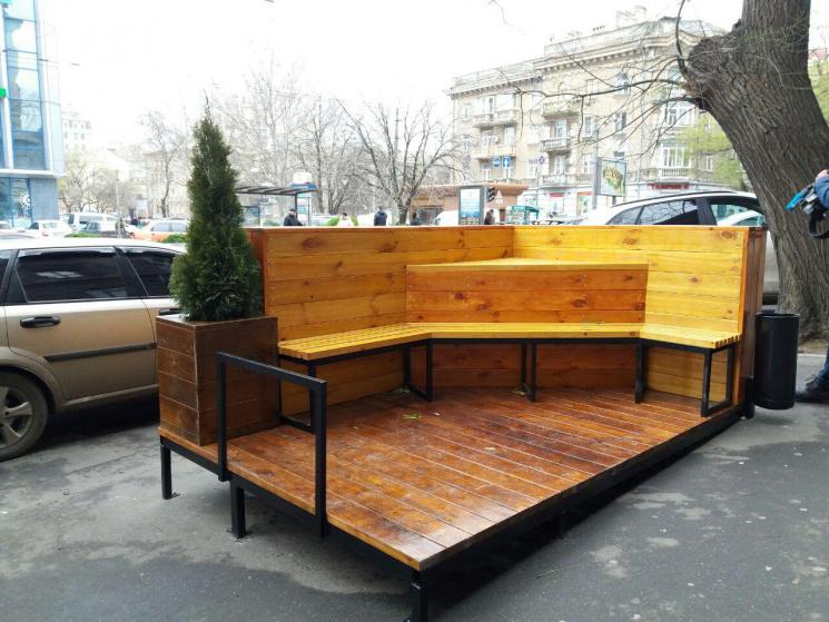 В Одесі з'явився перший парклет
